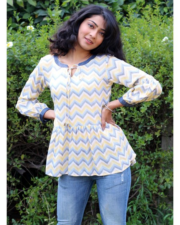 Yellow and blue zig zag tie-up top 1