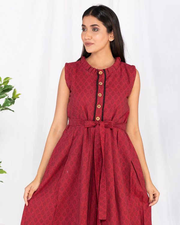 Red buttoned tie-up maxi dress 1