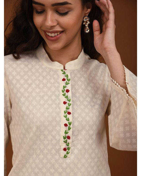 Off white hand embroidered bell sleeve kurta 1