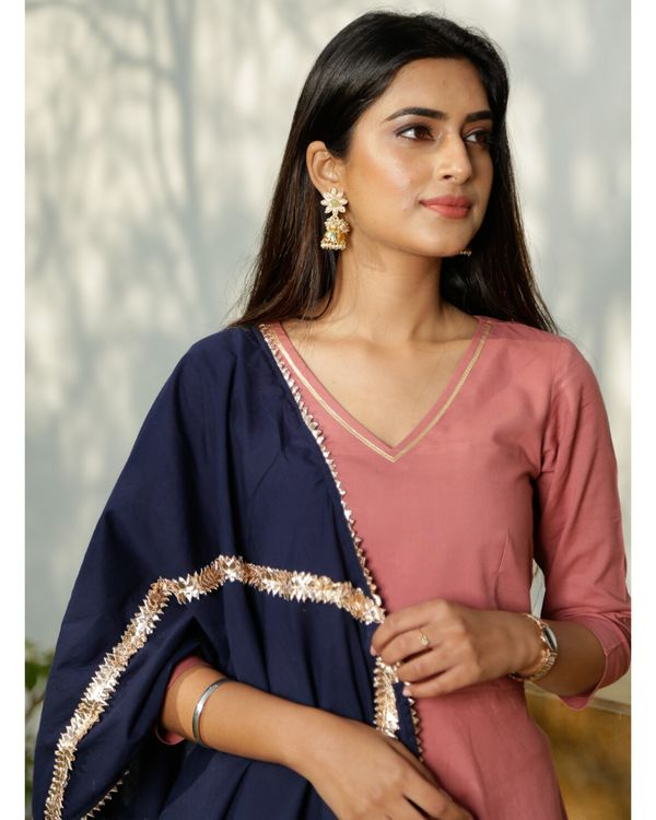 Blush pink gota kurta with blue dupatta- Set Of Two 1