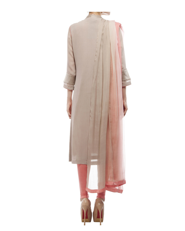 Kantha yoke kurta, comes with a legging and chiffon dupatta 2