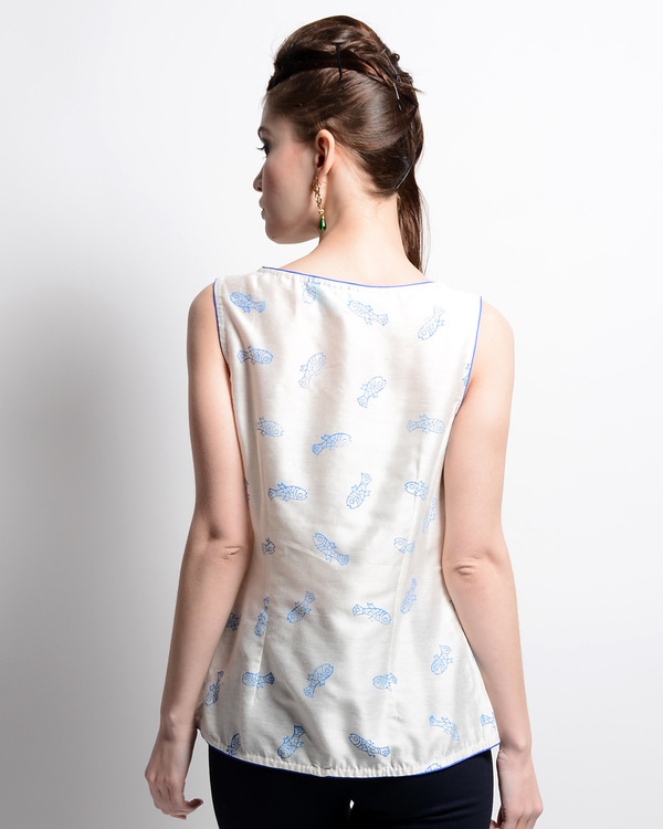 White chanderi top with fish print 1
