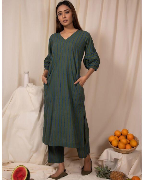 Dark green striped kurta and pants- Set Of Two 2