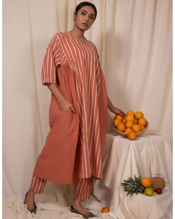 Peach striped baggy kurta 2
