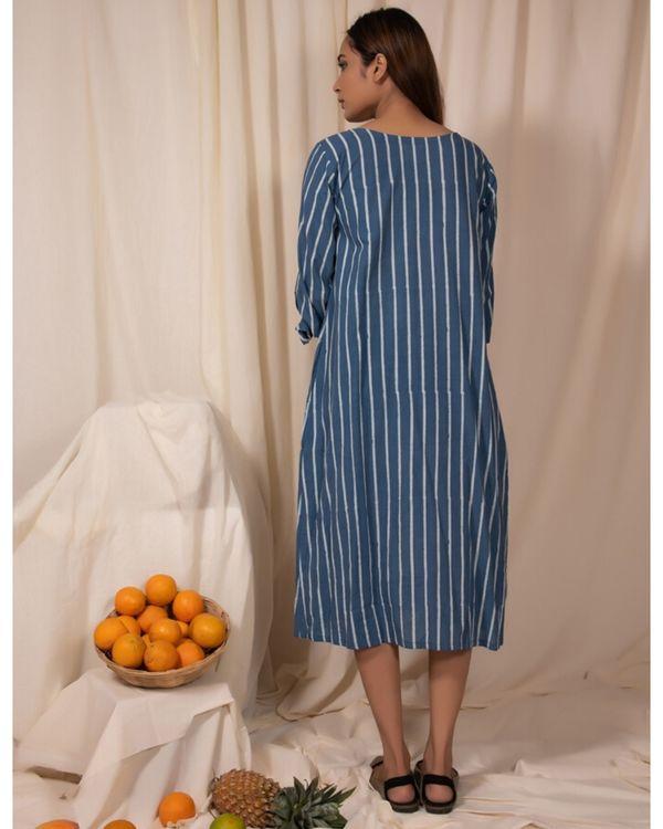 Blue striped tie-up sleeve kurta 2