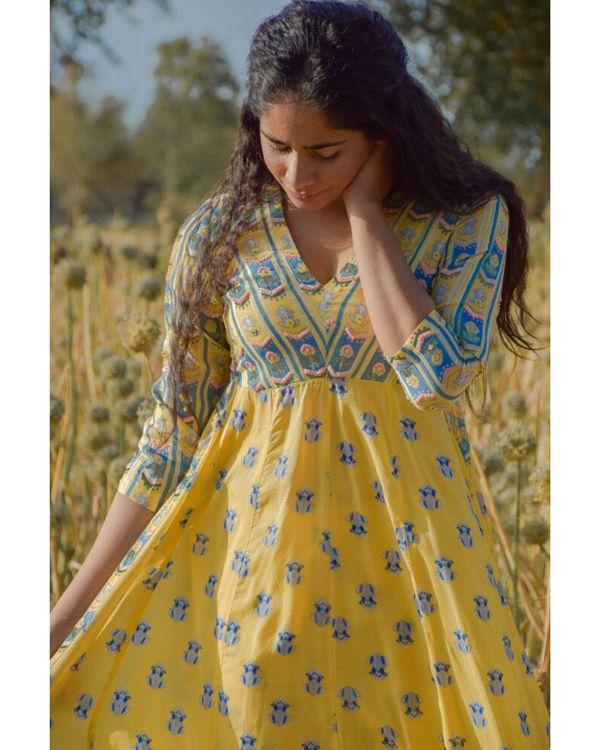 Yellow floral printed yoke kurta 1