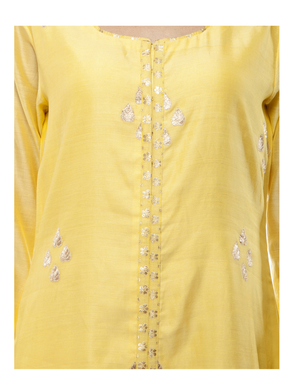 Yellow Chanderi kurta set 1