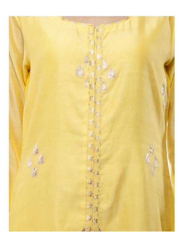 Yellow Chanderi kurta set 1