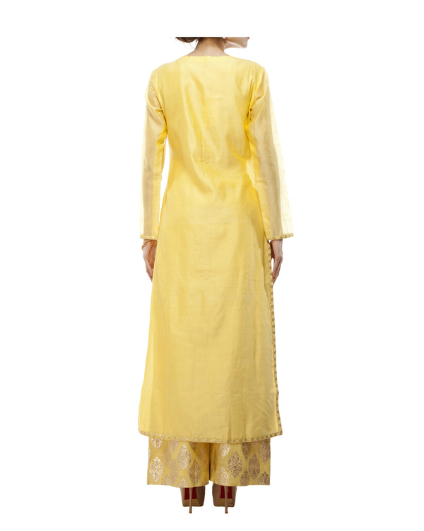 Yellow Chanderi kurta set 4