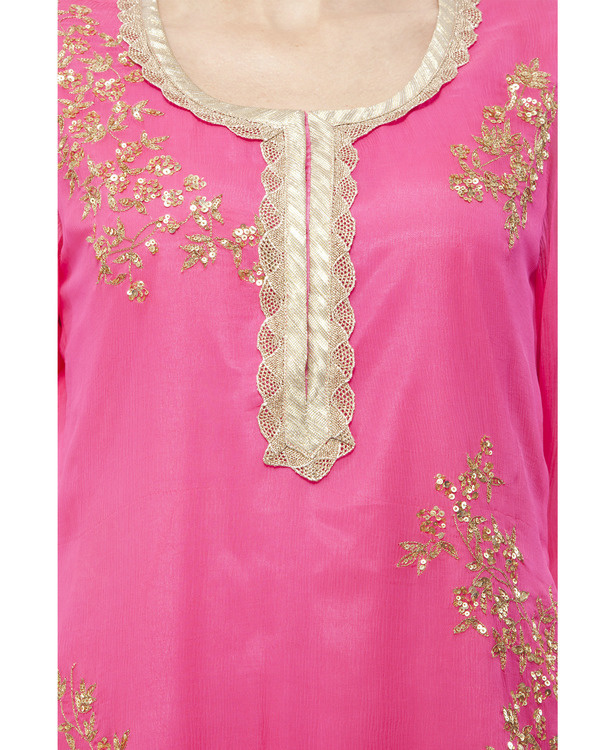 Pink Embroidered kurta set 1