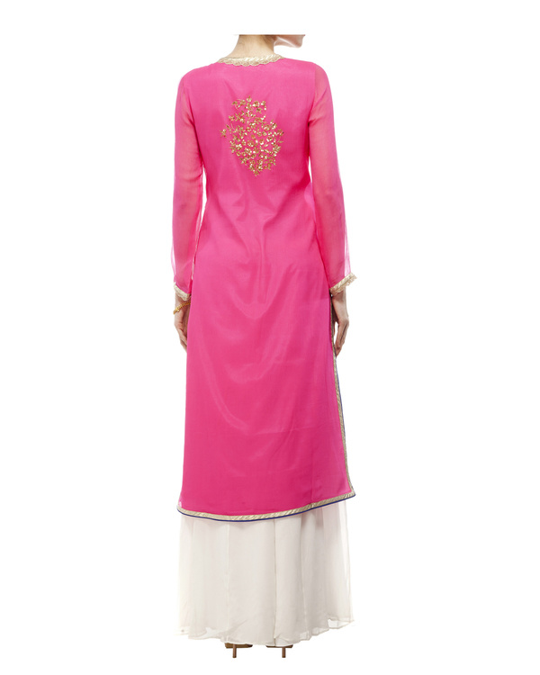 Pink Embroidered kurta set 5