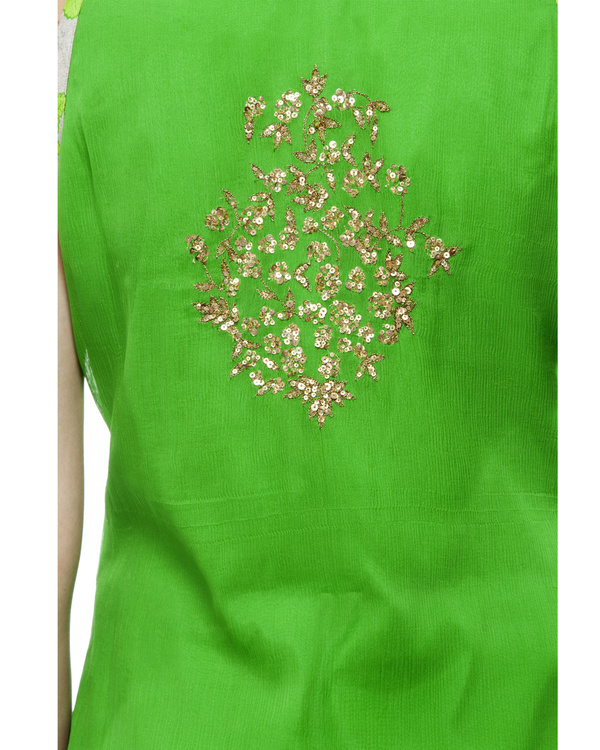 Leaf Green Embroidered kurta set 1