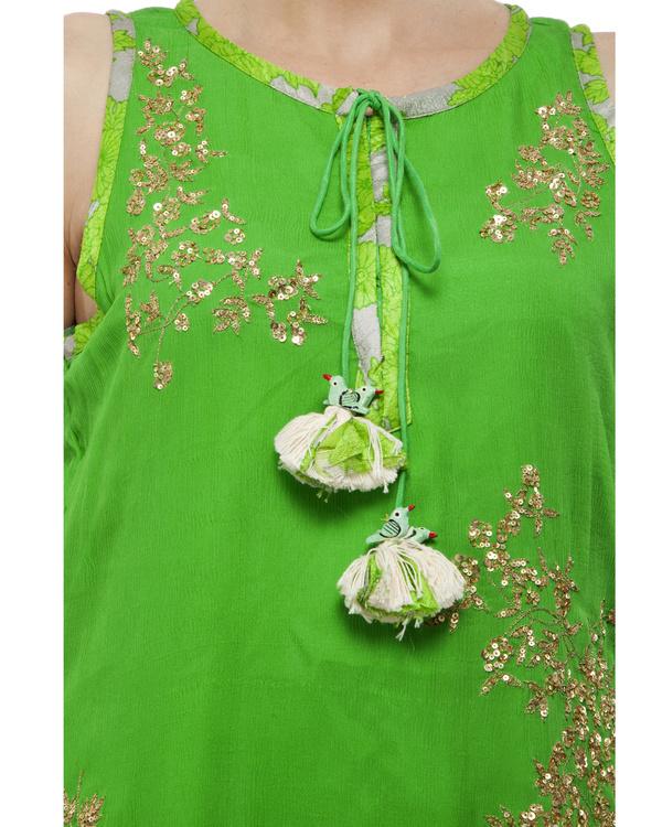 Leaf Green Embroidered kurta set 2