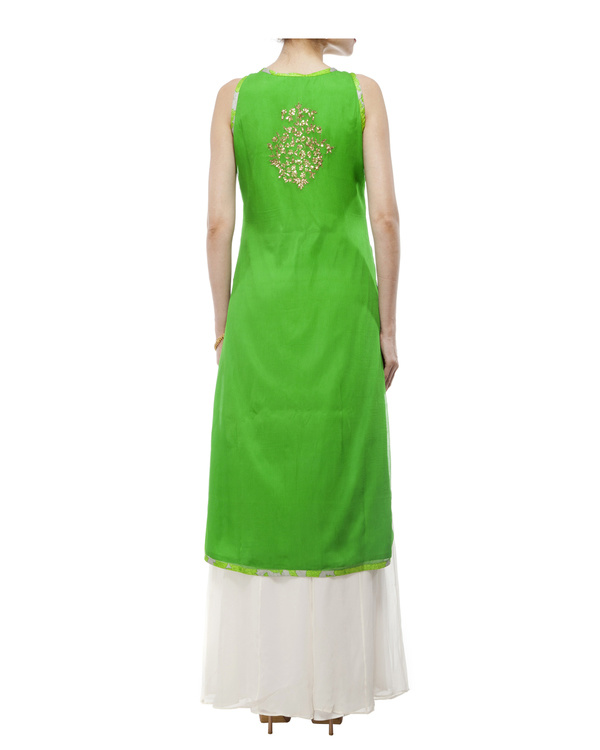 Leaf Green Embroidered kurta set 5