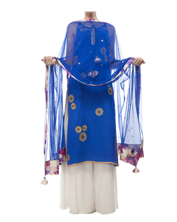 Royal Blue Embroidered kurta set 2