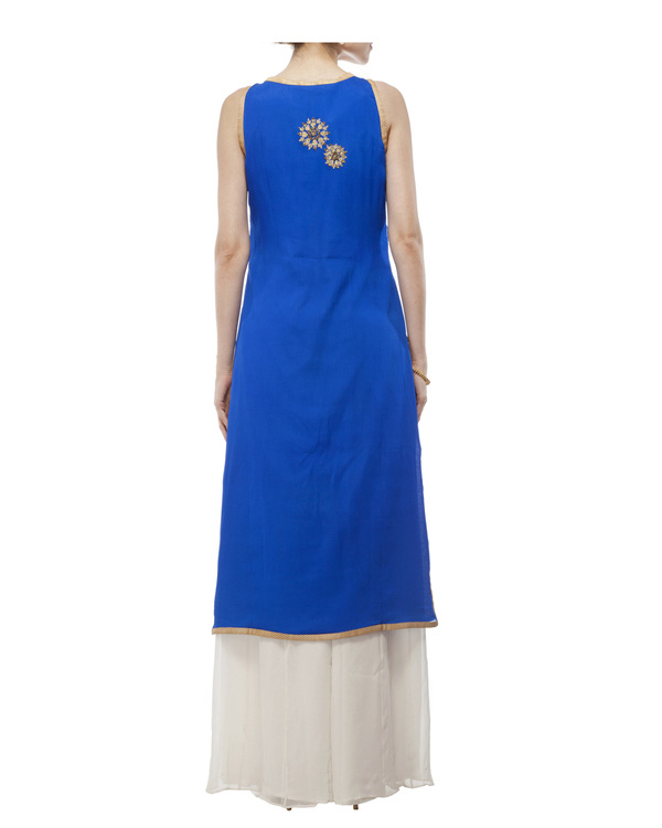 Royal Blue Embroidered kurta set 5