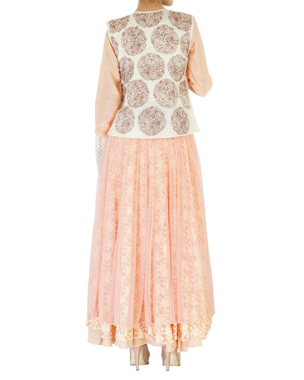 Peach net & lace embroidered anarkali 4