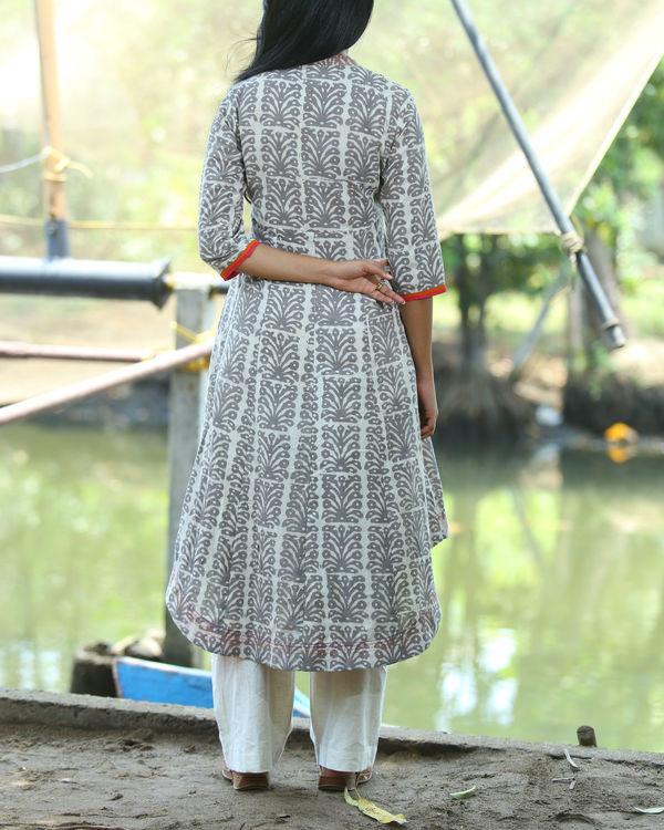 Dabu printed tunic with majenta facing 1