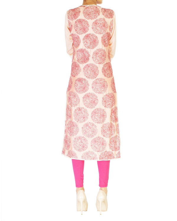 Pink embroidered jacket with ombre kurta set 3