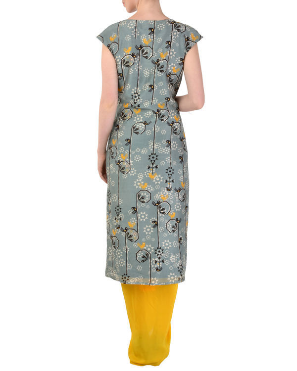 Grey tunic with yellow dhoti pants 2