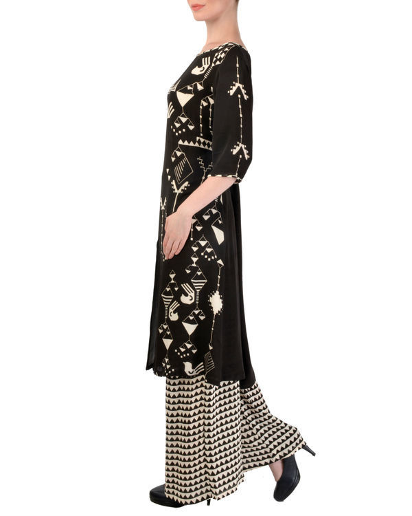 Black kurta with printed palazzo set 1