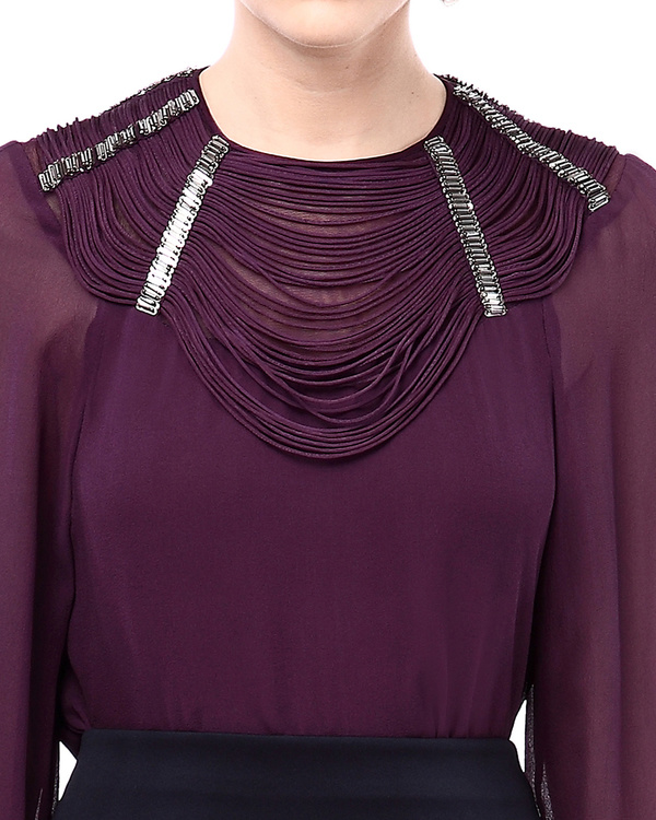 Architectural weave neckline top with  metallic embroidery 1