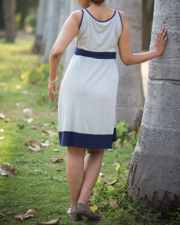 striped maternity dress 1