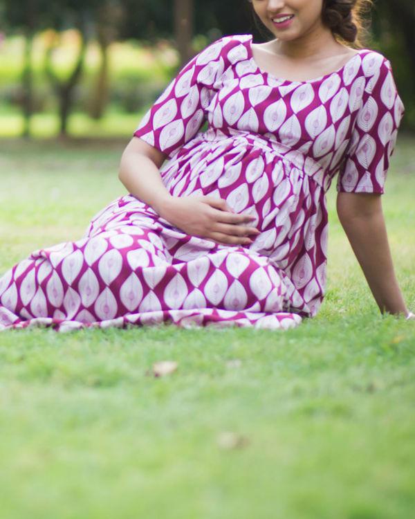 berry maternity dress 2