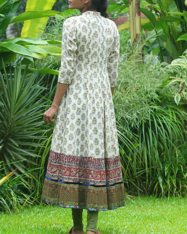 Off white block printed anarkali kurti 1