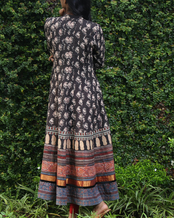 Black block printed anarkali kurta 3