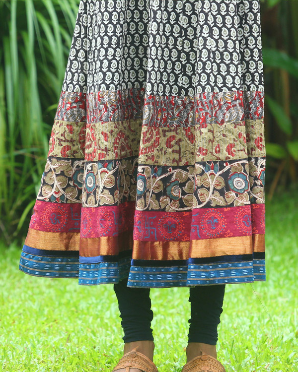 Black and off white block printed anarkali kurti 2