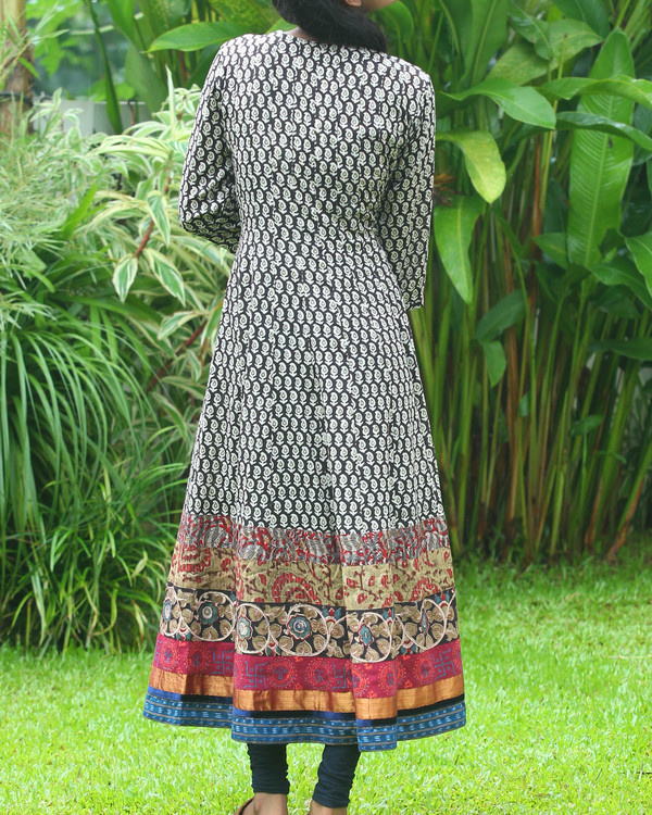 Black and off white block printed anarkali kurti 3