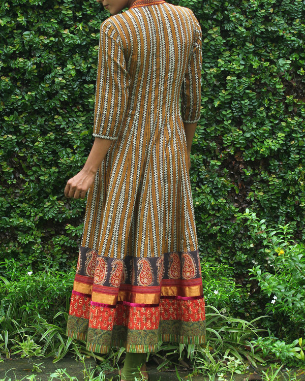 Black and mustard yellow striped angrakha 3