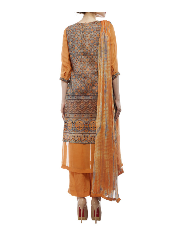 Ajrakh print round neck  kurta with chiffon layer, comes with a palazzo  tie & dye dupatta 2
