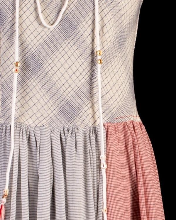 Gathered maxi dress with neckpiece 2