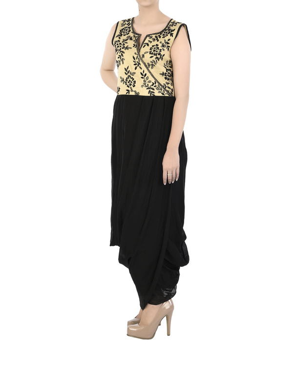 Emdroidered yoke dress with dhoti body 4