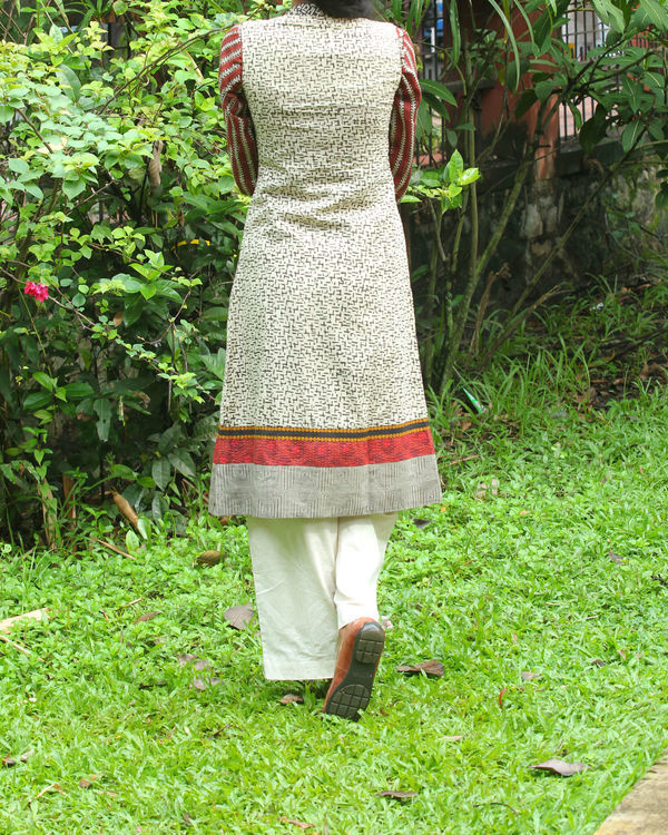 Off white kalamkari overcoat with maroon kurti 1