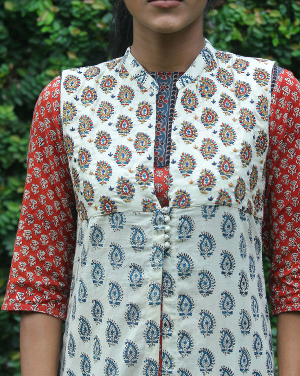 Rust kurti with printed overcoat 2