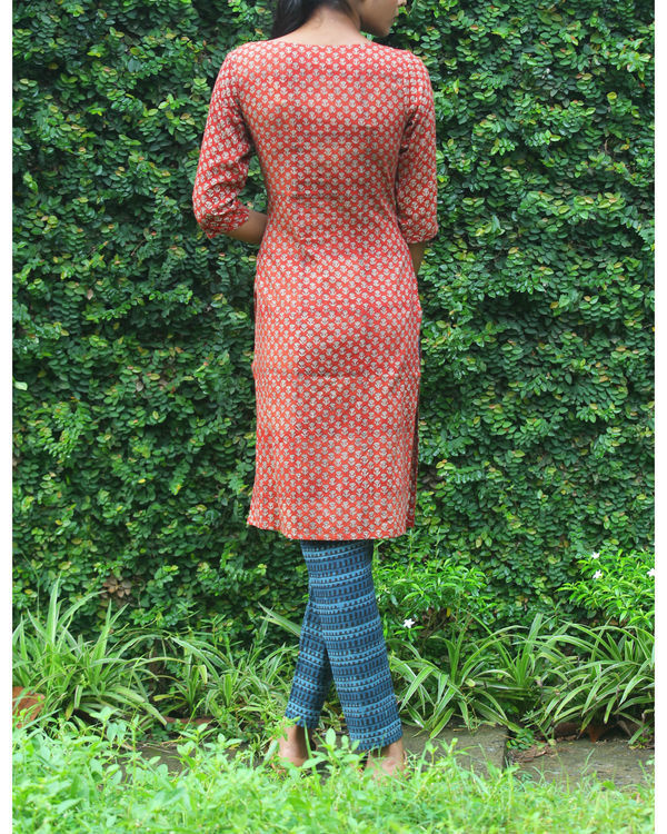 Rust kurti with printed overcoat 5