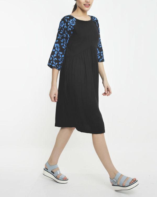 Aquarius dress 1