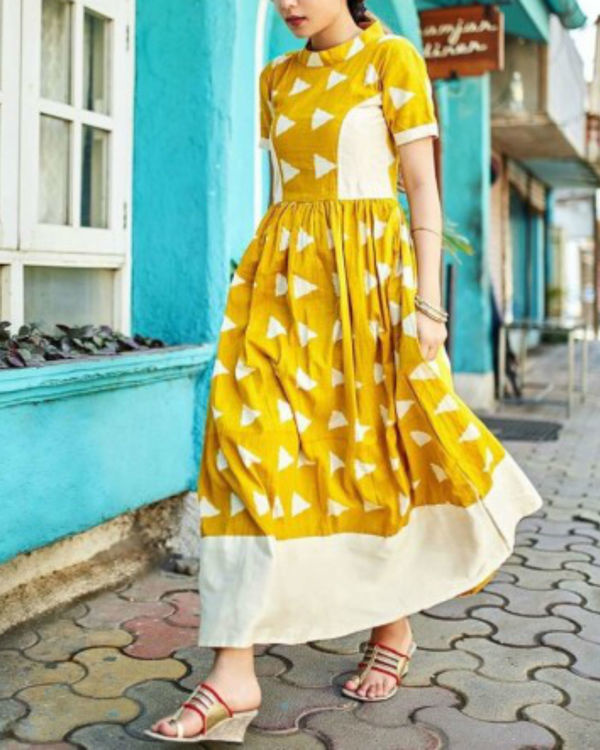 Yellow block dress 1