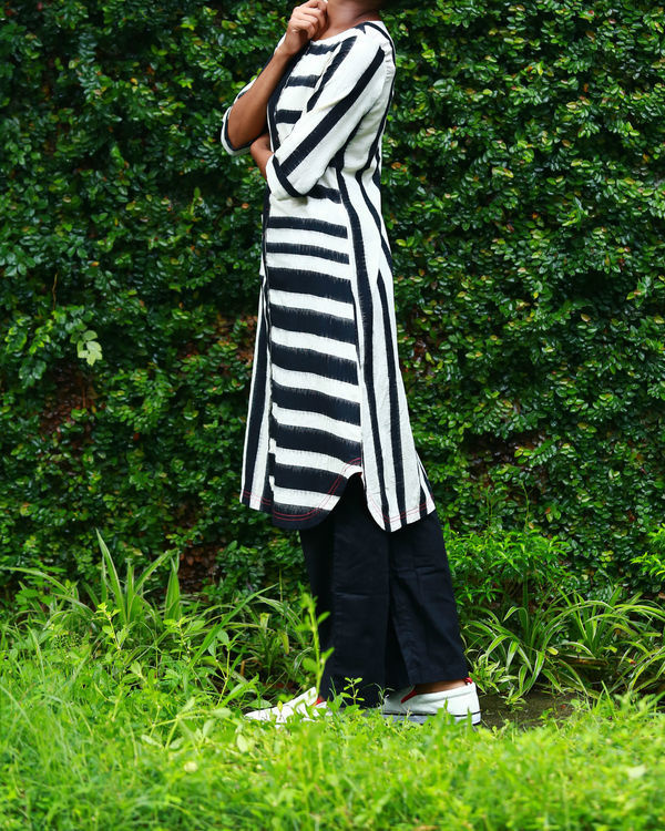 Black and white striped ikat kurta 1