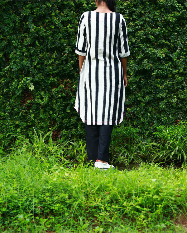 Black and white striped ikat kurta 2