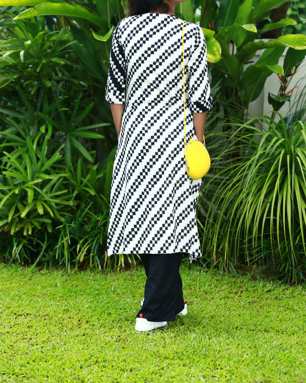 Black and white chequered ikat kurta 2