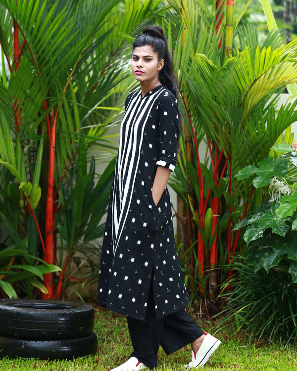 Black and white ying yang ikat kurta 1