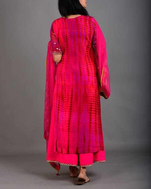 Rani pink embroidered suit set 1