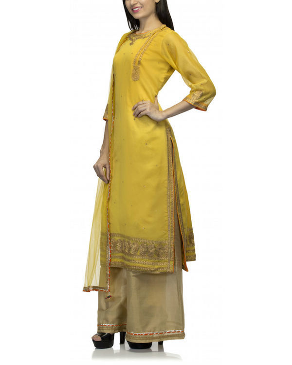 Mustard yellow kurta set with dupatta 3