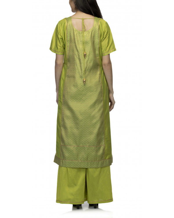 Lime green kurta set with dupatta 1