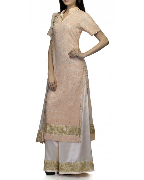Peach white kurta set with dupatta 2