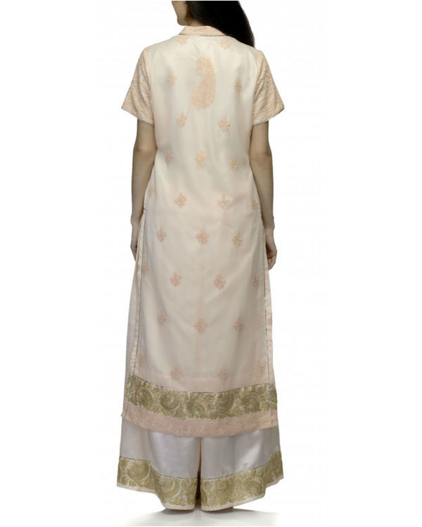 Peach white kurta set with dupatta 3